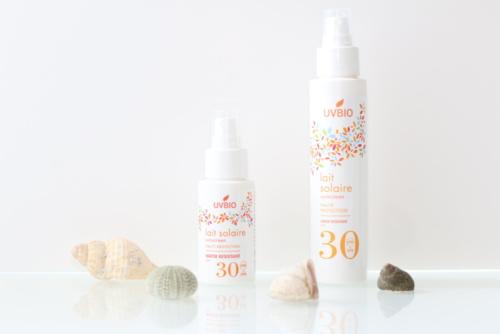Spray solaire SPF 30 bio, vegan, naturel et cruelty-free UVBIO